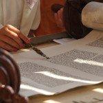 Photo Gallery Reading the Torah
